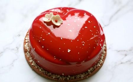 5 chocolates Valentine's entremet