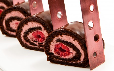 Chocolate and raspberry roulade