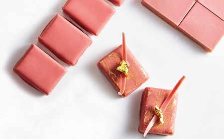 Ruby pralinéfüllung für handgetauchte bonbons