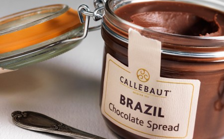 Chocolate and nut spread with Single Origin Brazil chocolate