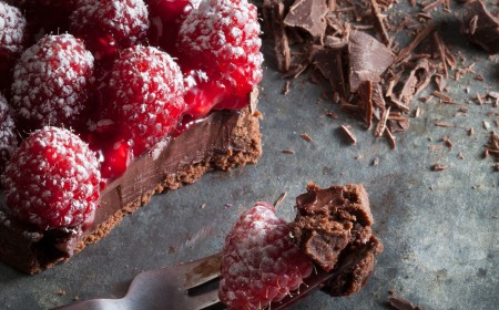 Raspberry chocolate ganache tart
