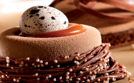 Arriba chocolate Easter Nest