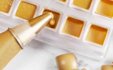 Gold ganache for moulded pralines