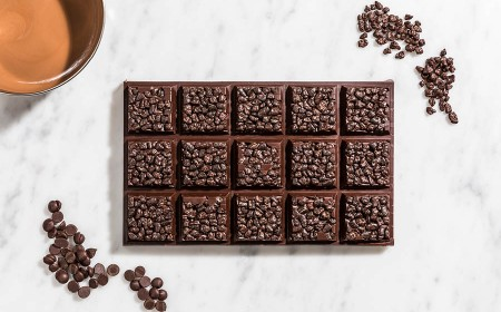 Dark chocolate meringue