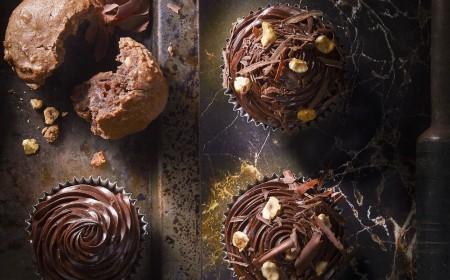 Almond and hazelnut cupcake