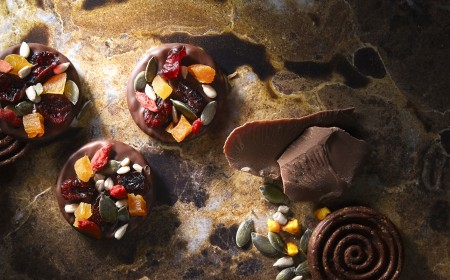 Talarki czekoladowe z owocami i nasionami