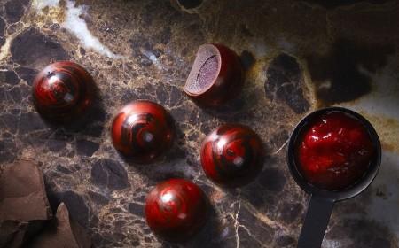 Owocowe praliny z malinami i anyżem