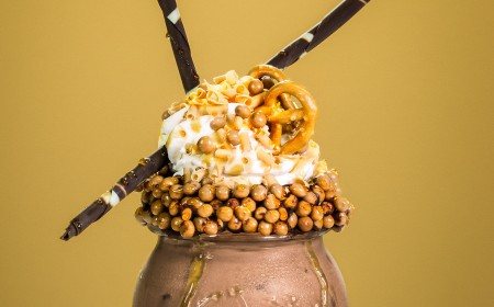 Freakshake: Crispy Salted Caramel Chocolate