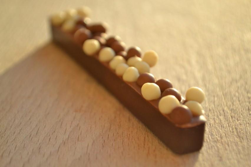 Versatile milk chocolate (medium viscosity)