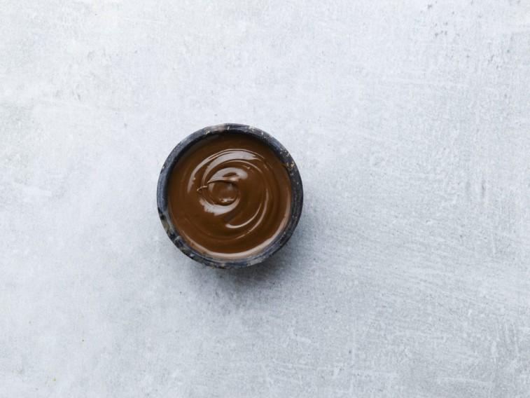 Caramel coating