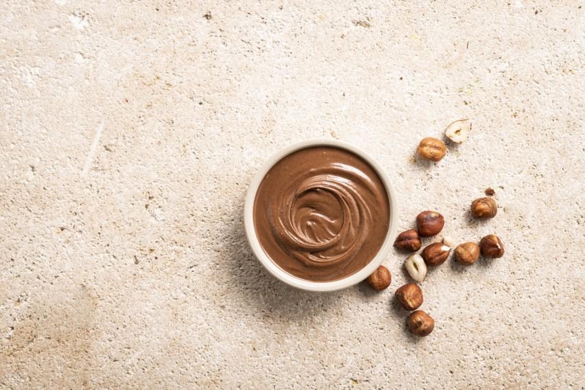 Hazelnut Filling (25%)
